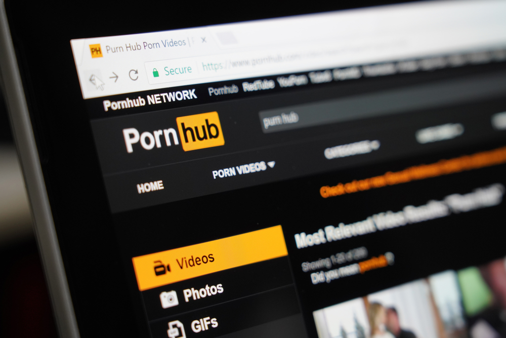 Pornhub Suggests Crypto Payments After Paypal Censors Model Payouts