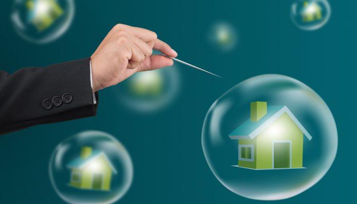 Looming US Real Estate Crisis - Freddie Mac Warns of Housing Market Uncertainty, Homebuilder sentiment Drops 58%