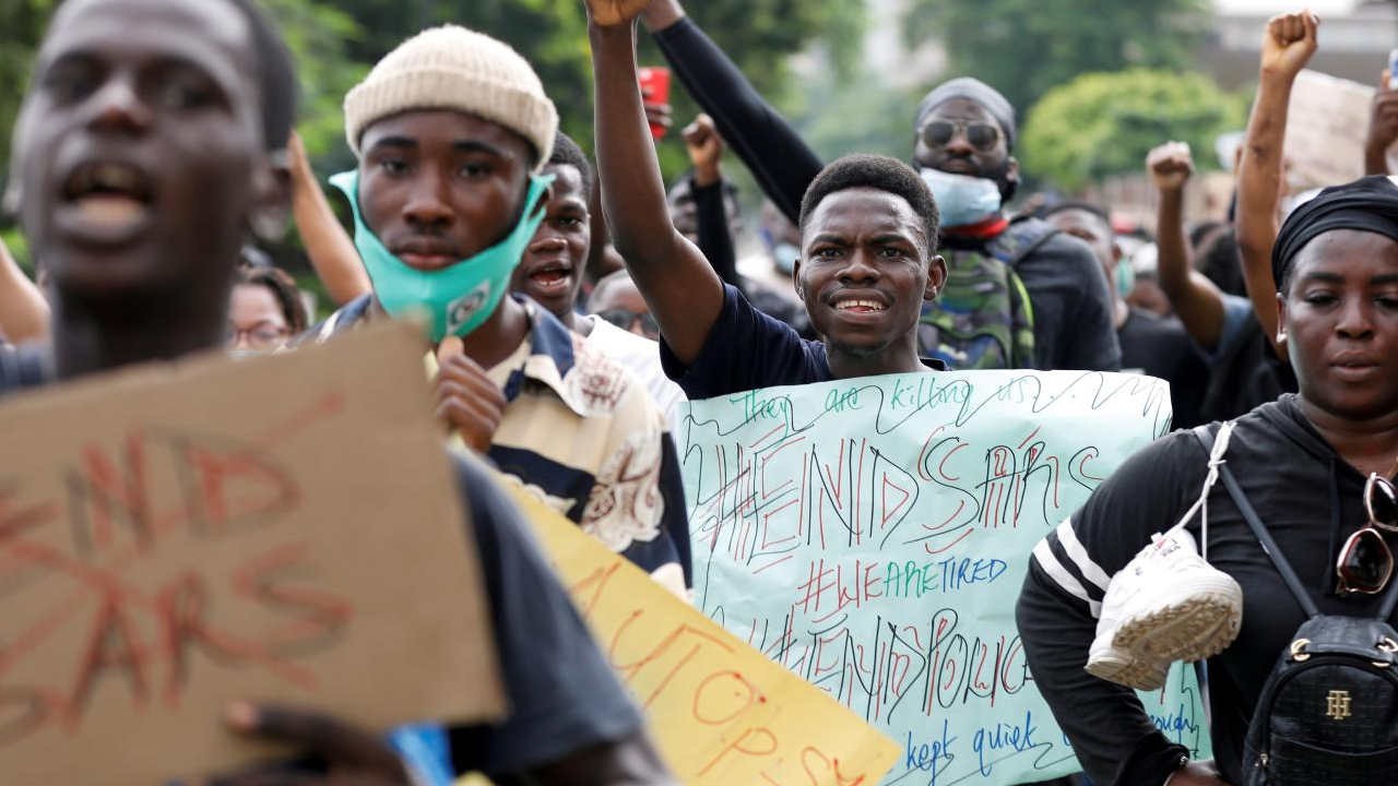 Nigeria Protest Group Asks for Bitcoin Donations After Regulators Blocks Bank Account