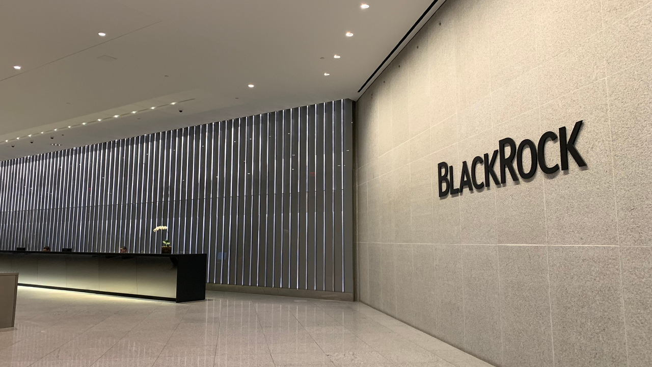 SEC Filing Shows Blackrock Held Bitcoin Futures Contracts Worth $6.15 Million – Finance Bitcoin News