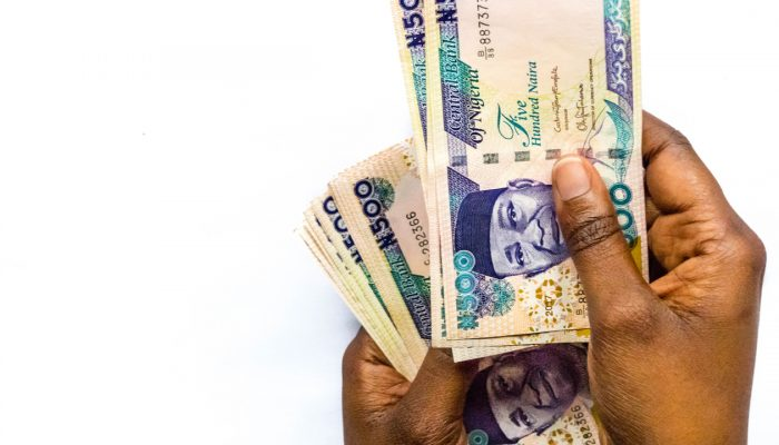 After Central Bank Devalues Naira by 5% Finance Minister Attributes Drop to 'Market Forces' – Economics Bitcoin News